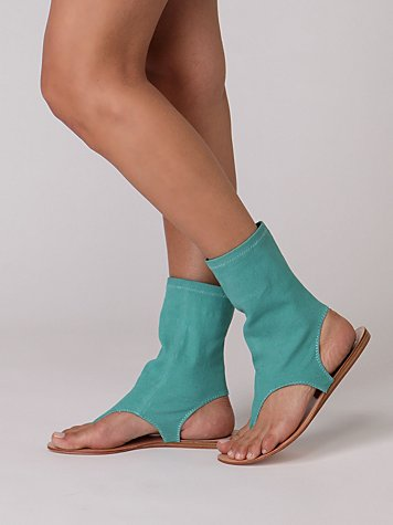 Indie Stretch Sandal