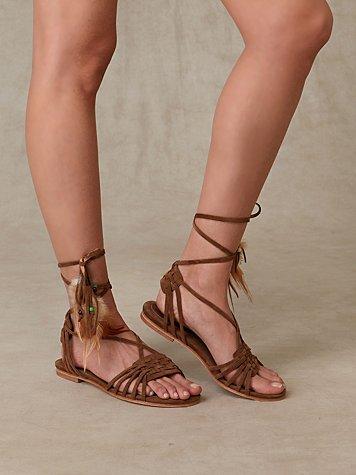 Quogue Feather Sandal