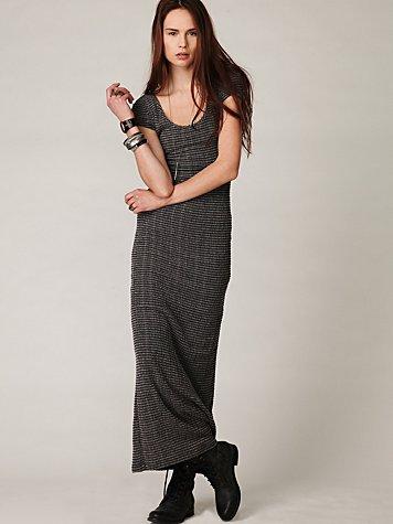 Pucker Knit Short Sleeve Maxi Dress