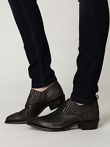 Cody Ankle Boot
