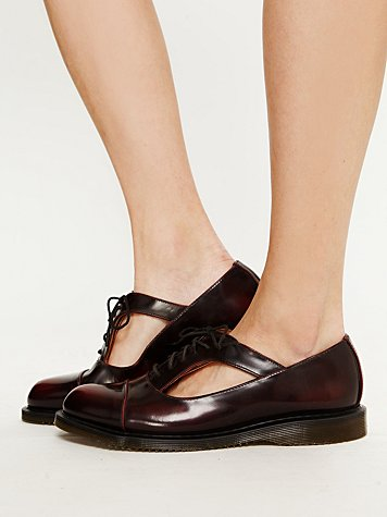 Caragan Cutout Brogue