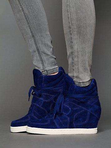 Cool Wedge Sneaker