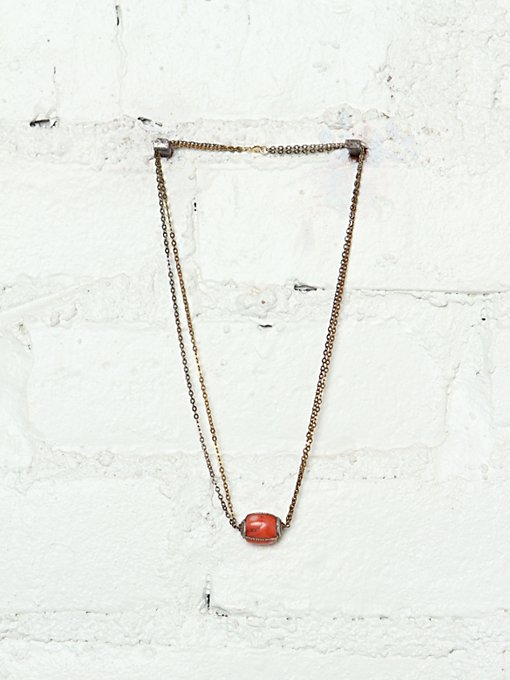 Vintage Stone Cold Necklace