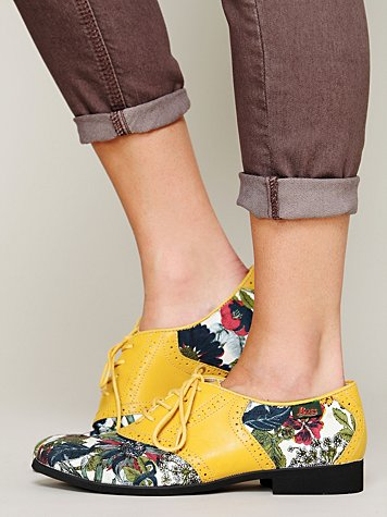 Thea Saddle Shoe