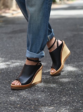 Catalina Mule Wedge
