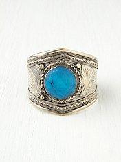 Round Stone Vintage Cuff