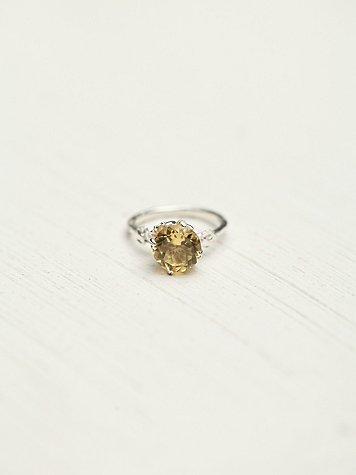 Desiree Ring