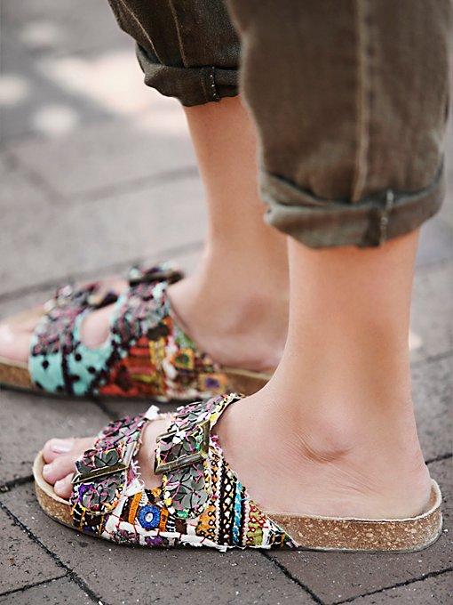 Bali Footbed