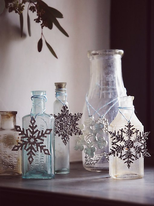 Etched Metal Snowflake Ornament Set