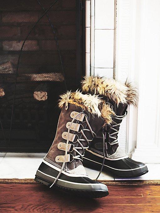 Joan of Arctic Weather Boot