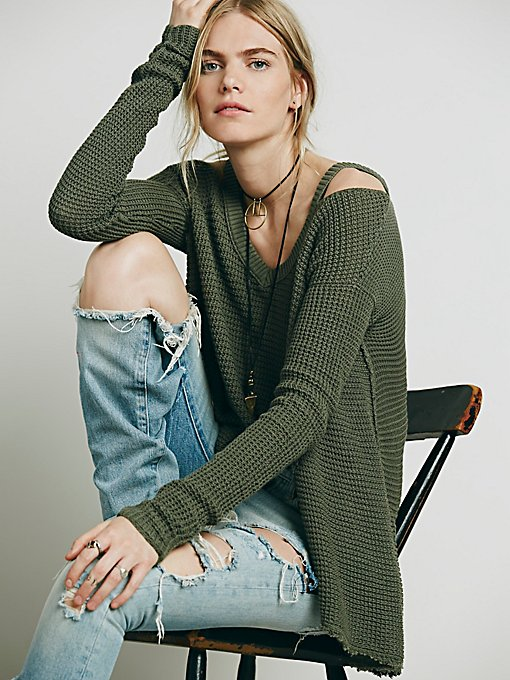 Moonshine V-neck Pullover