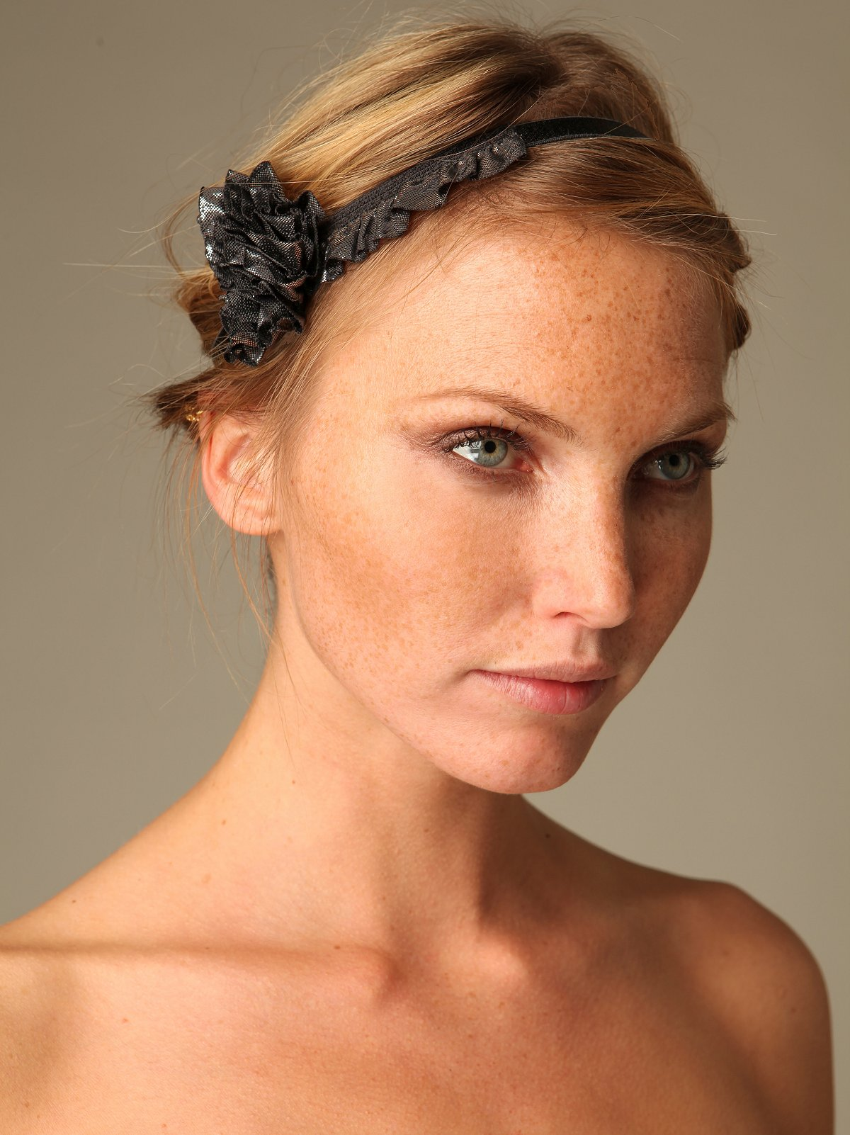 Lurex Ruffle Headband