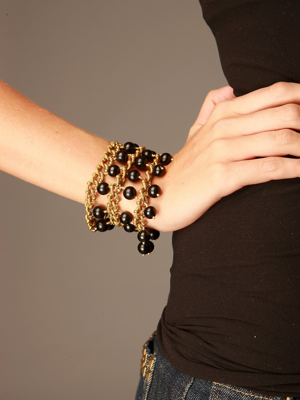 Tudor Chain Cuff