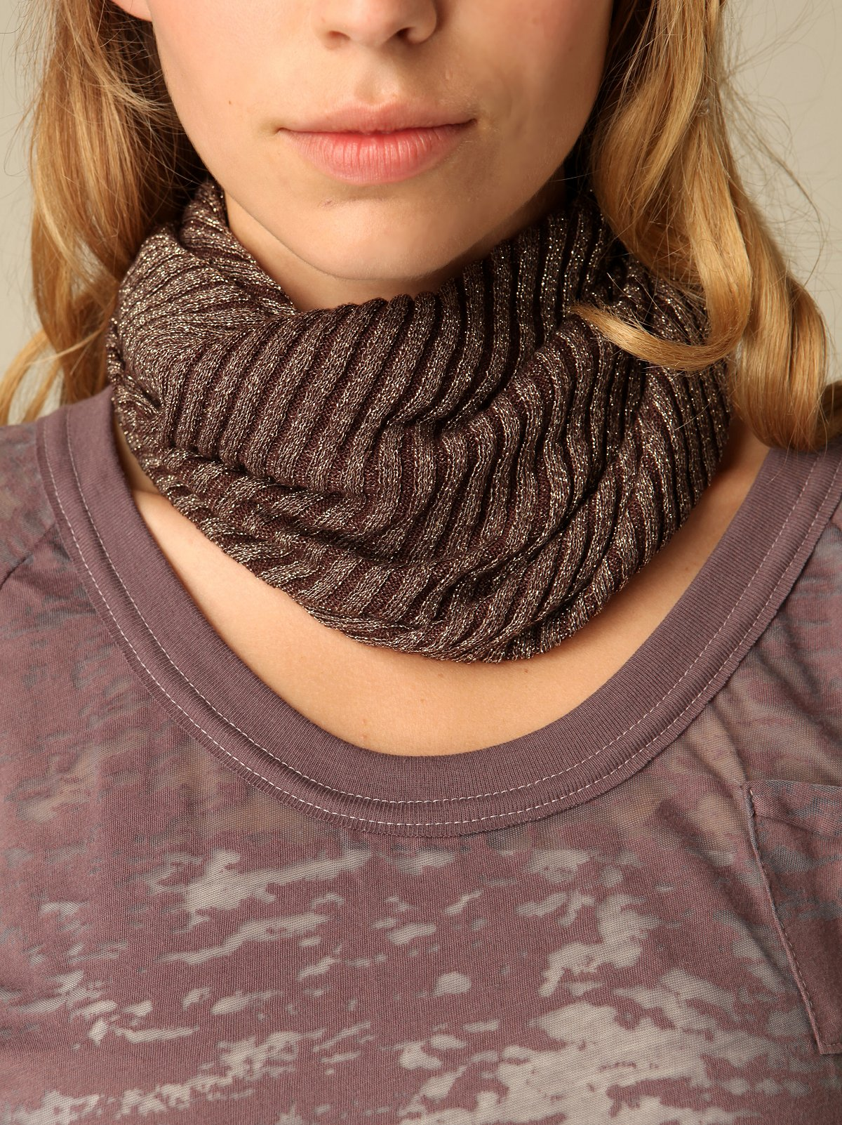 Twisted Lurex Neck Warmer