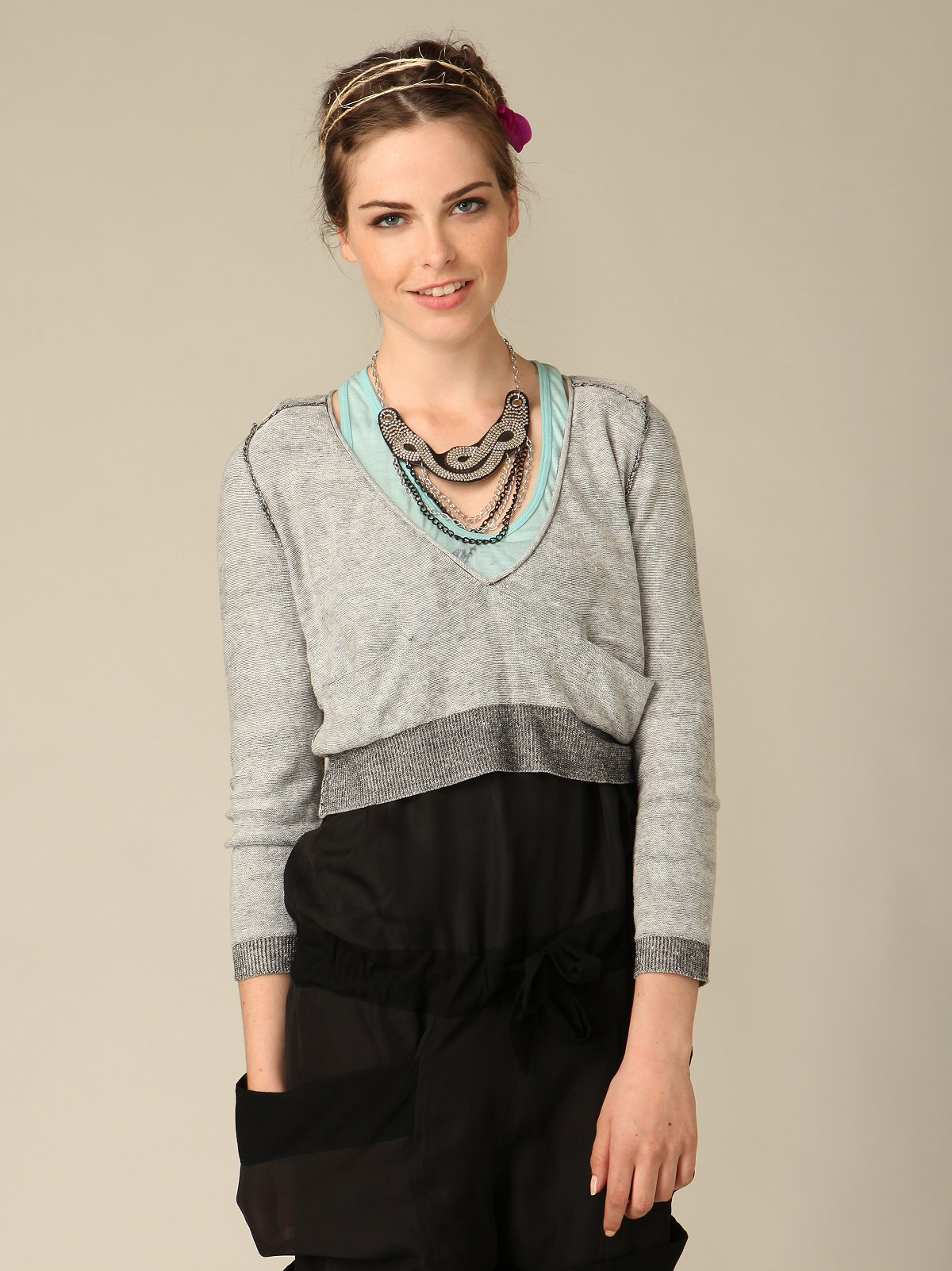 We The Free Cropped Vneck Sweater