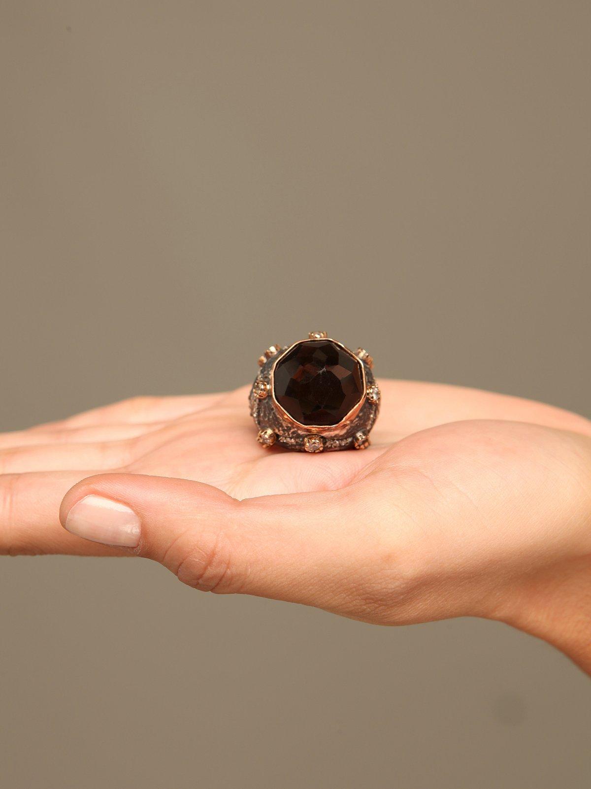 Onyx Flower Ring