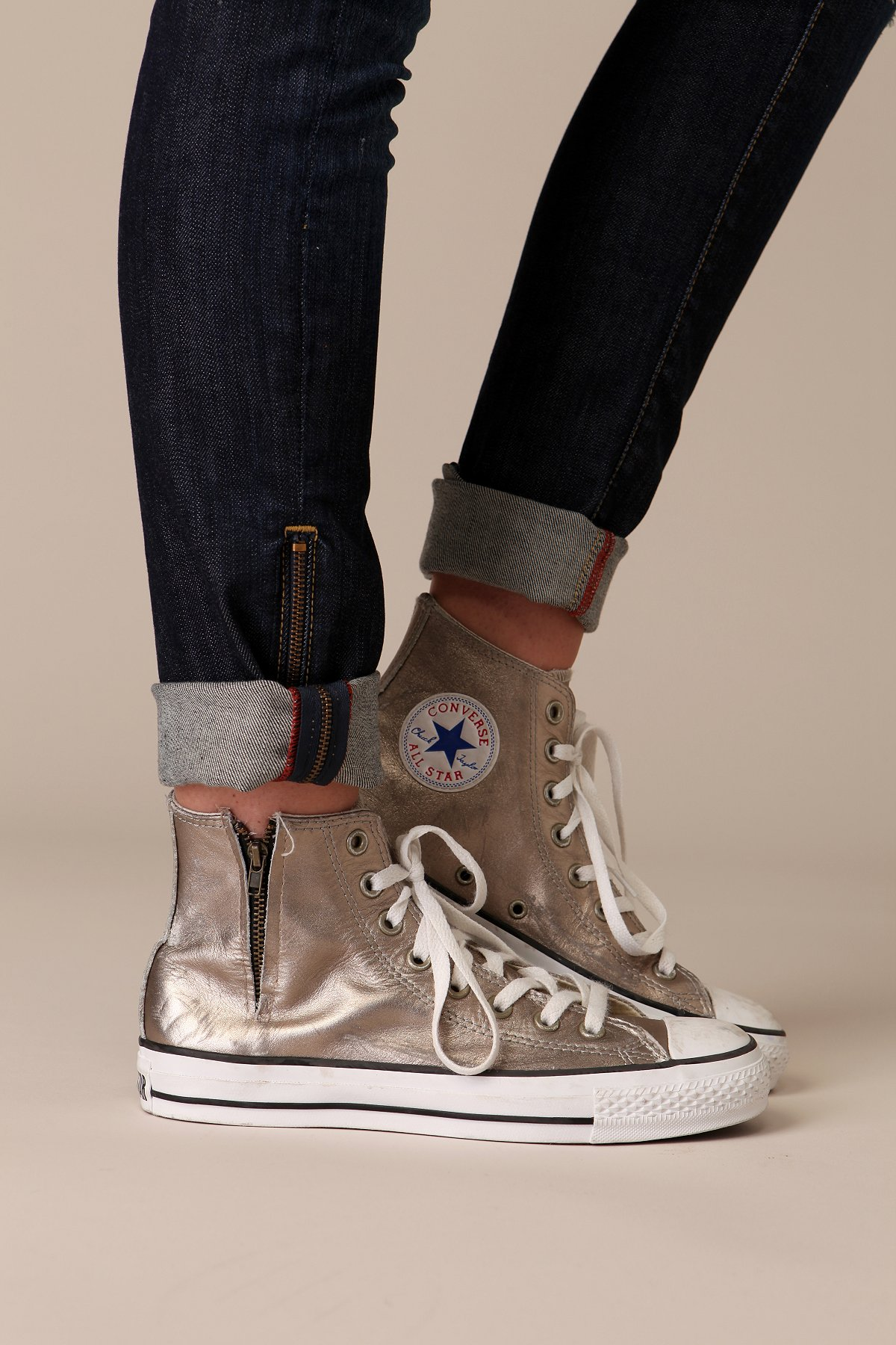 Metallic Zipper Converse