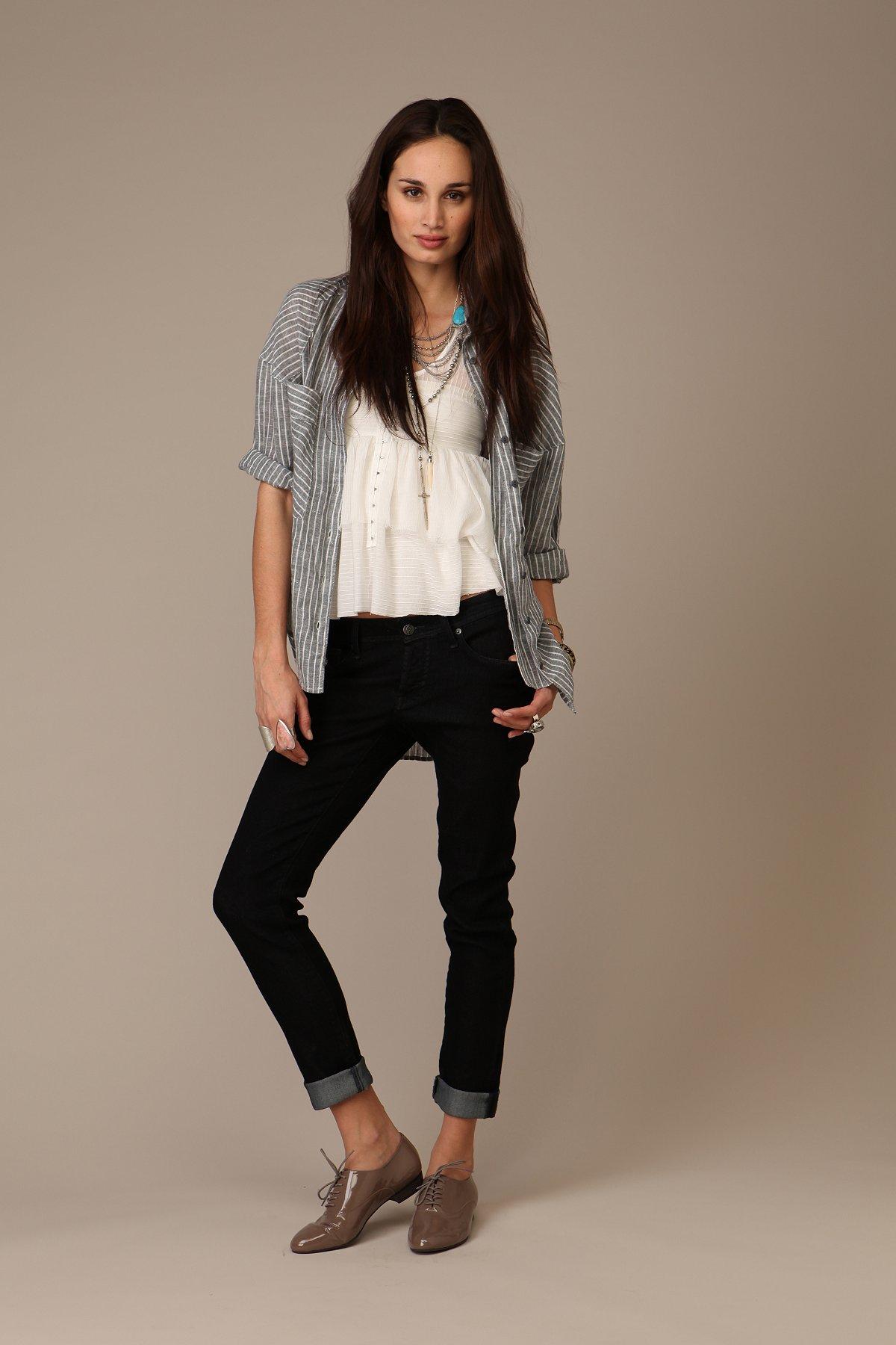 Davis Slouch Cigarette Jeans By Genetic