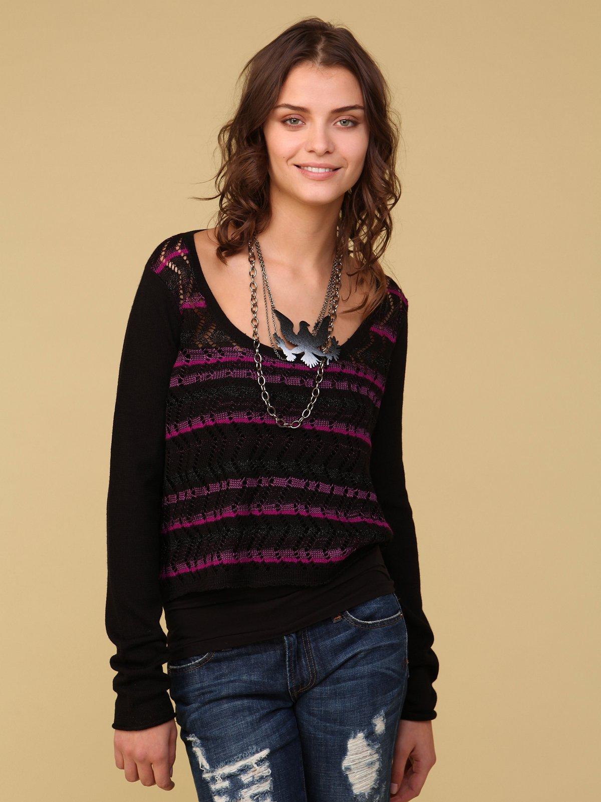 Zig Zag Stripe Pullover