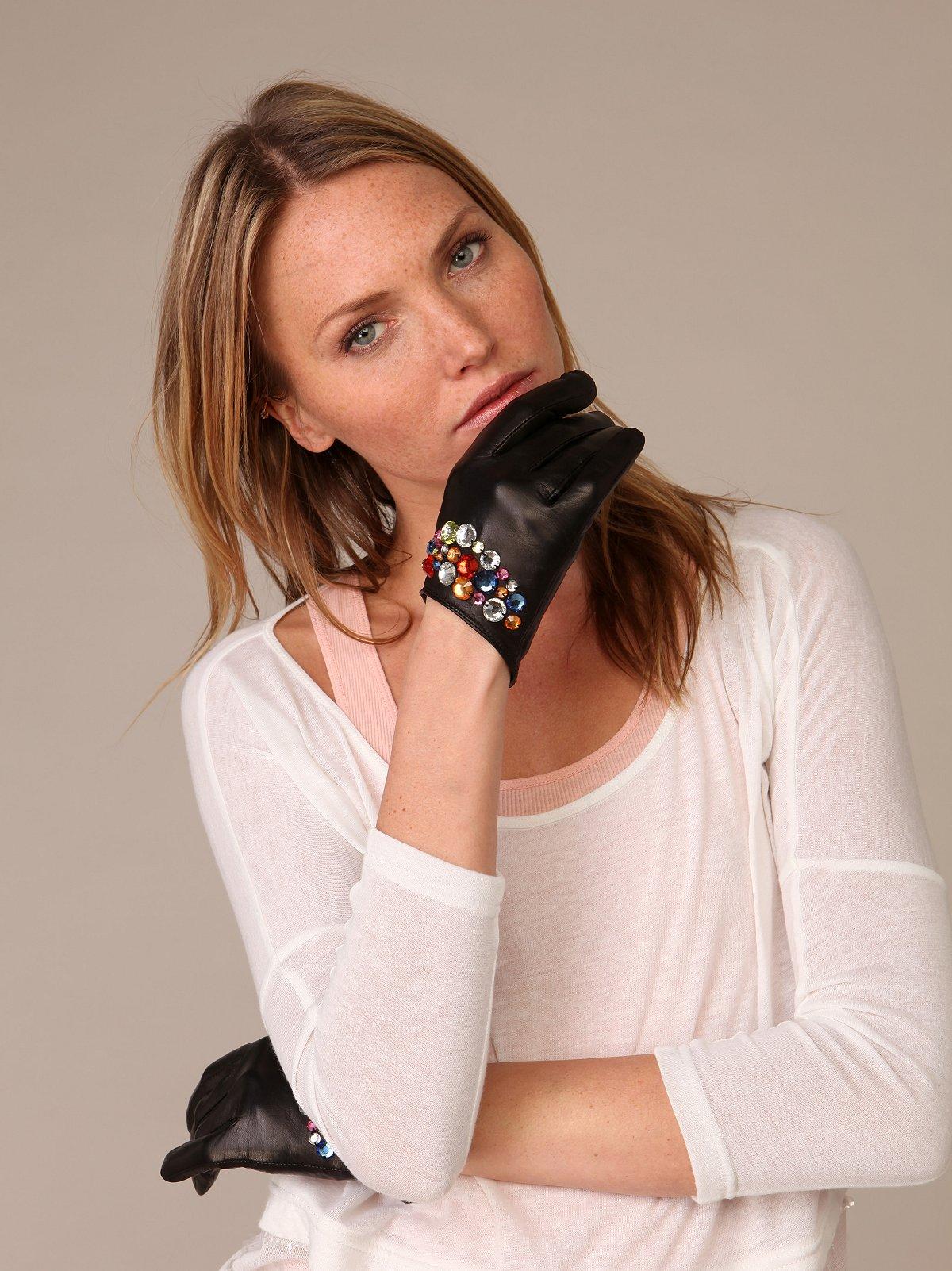 Sara's Glove