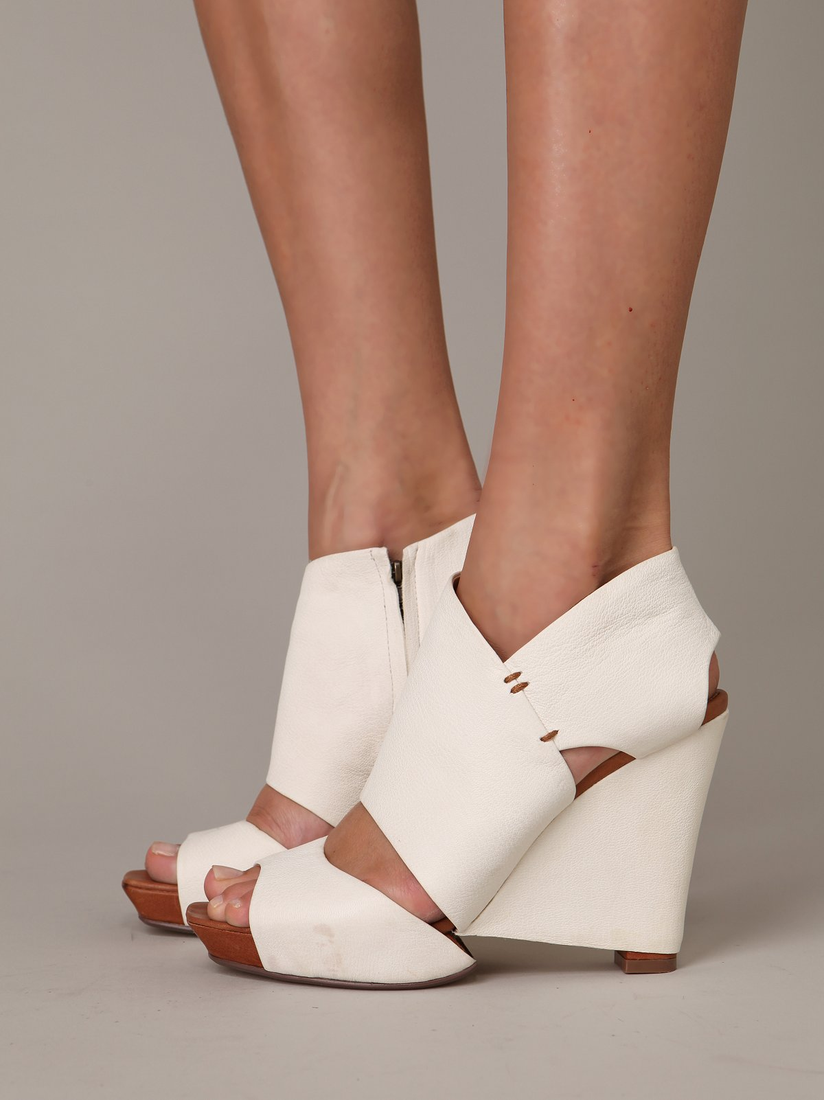 Madison Covered Heel
