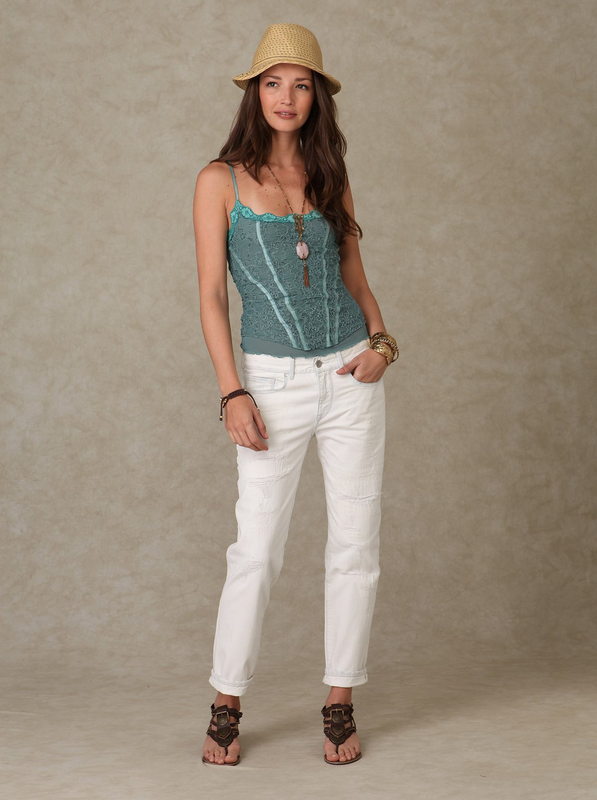 Levi's White Distressed Relax Jean