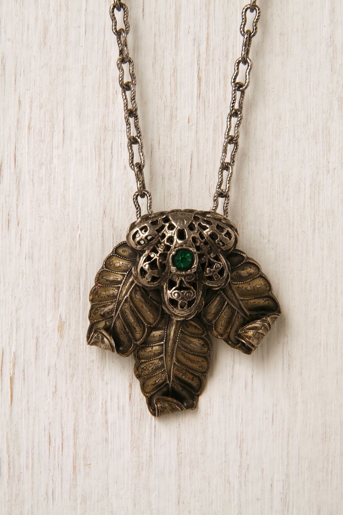 One Of A Kind Green Leaf Necklace