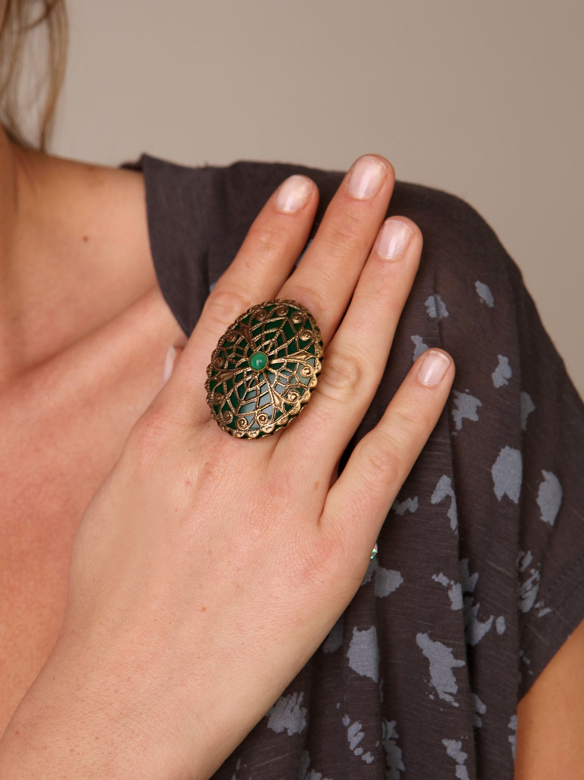 Green Netted Ring