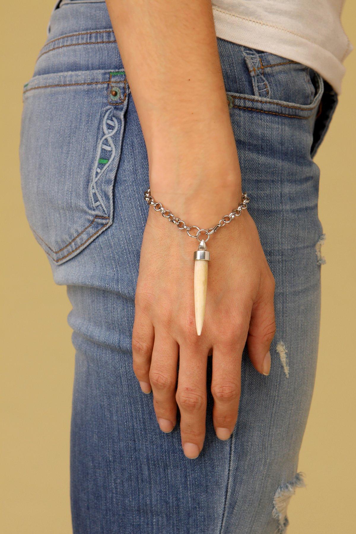 Drop Bone Chain Bracelet