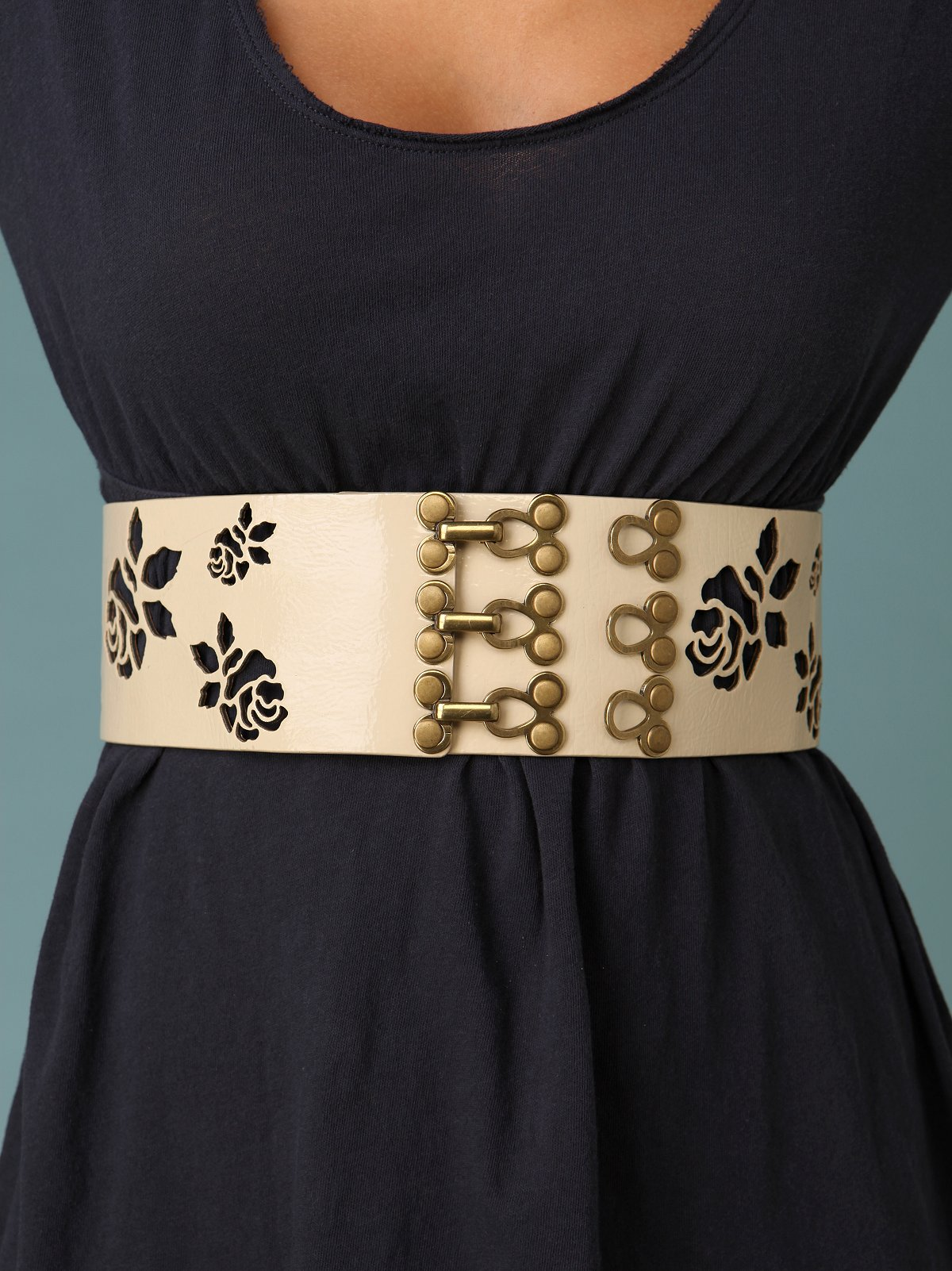 Rose Cutout Waist Belt