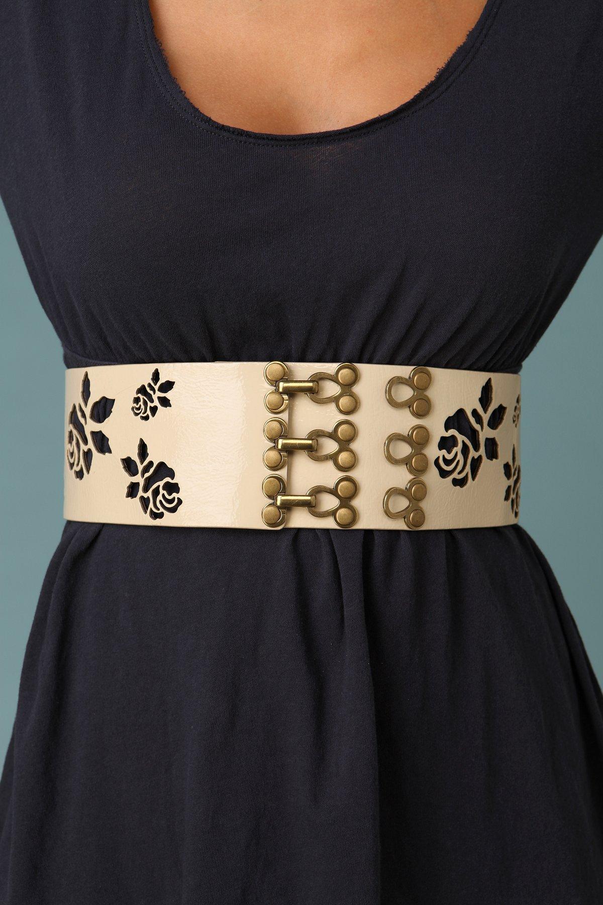 Rose Cutout Waist Belt