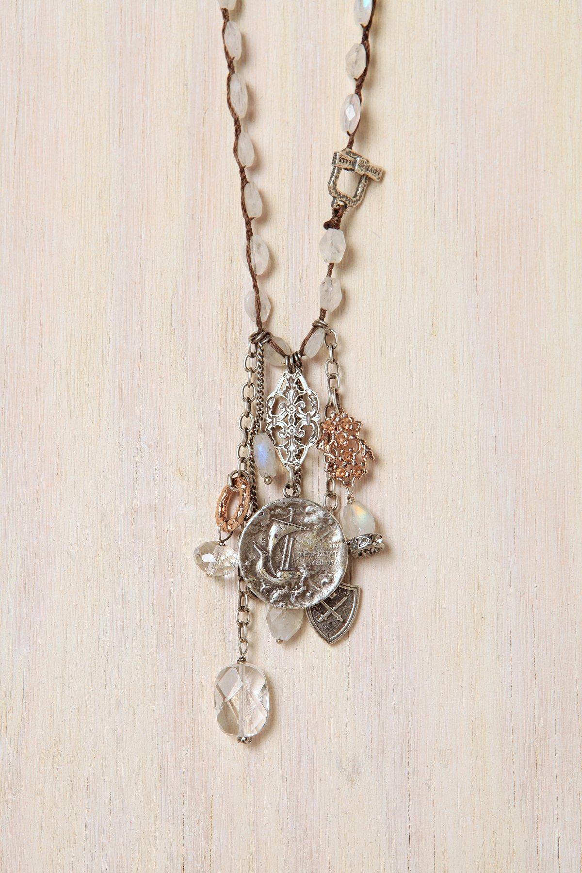 Awe Necklace