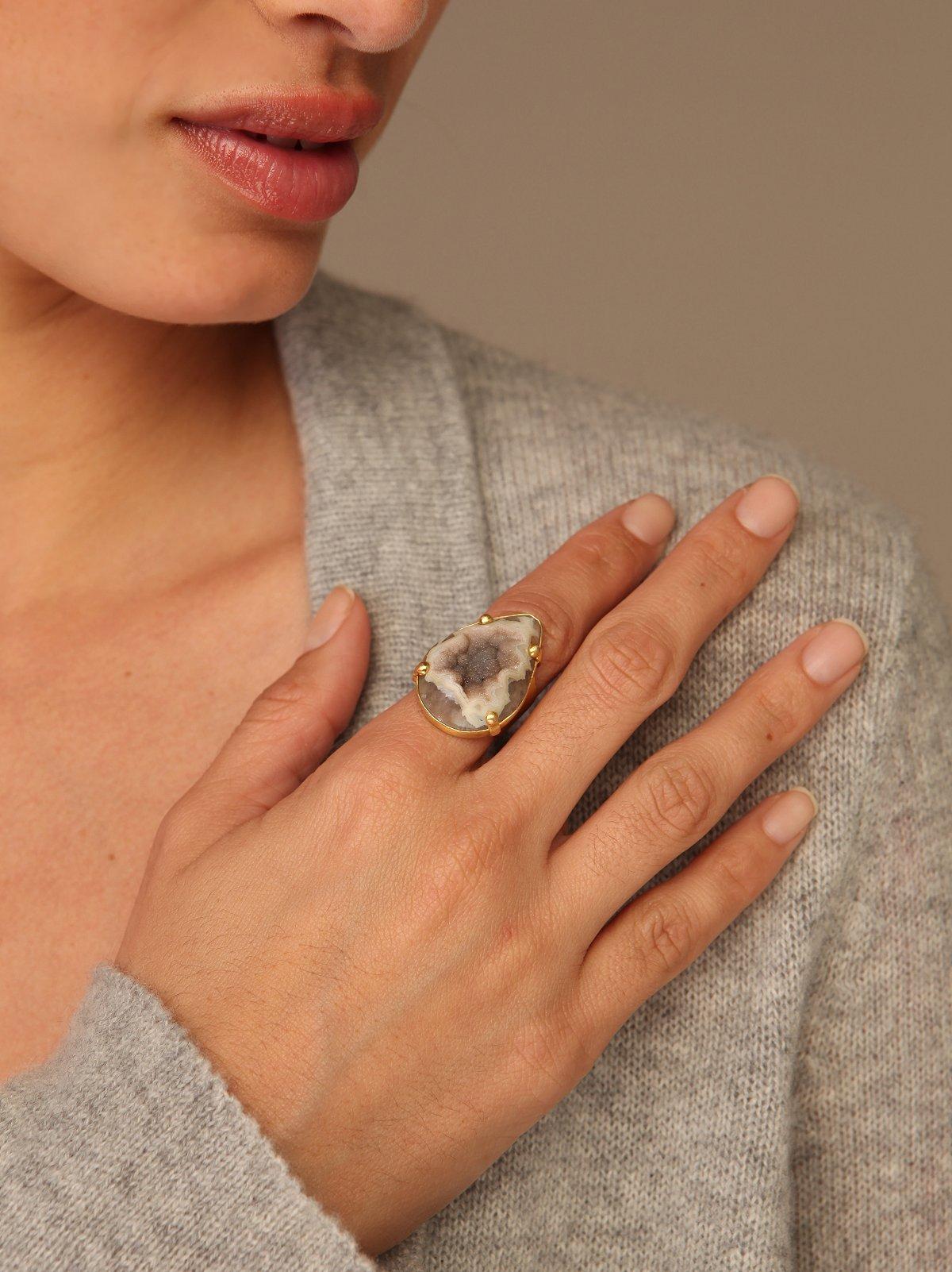Lucia Teardop Ring