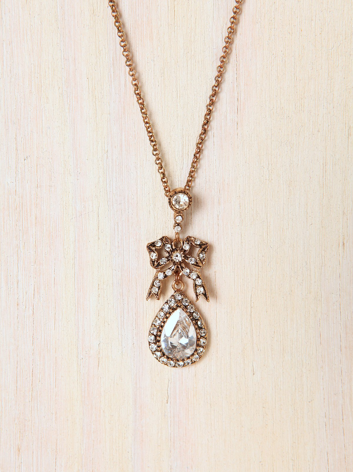 Bow and Gem Drop Necklace
