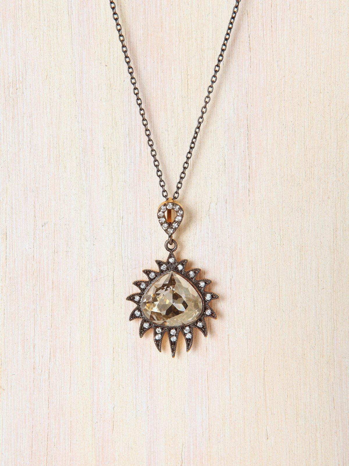 Claw Drop Necklace