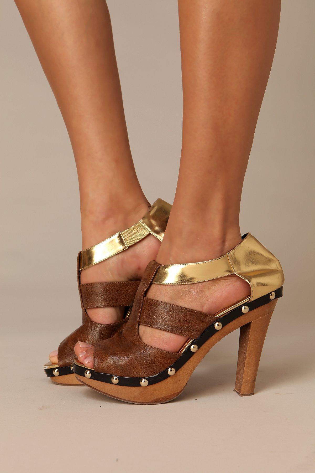 Miranda Wooden Heel