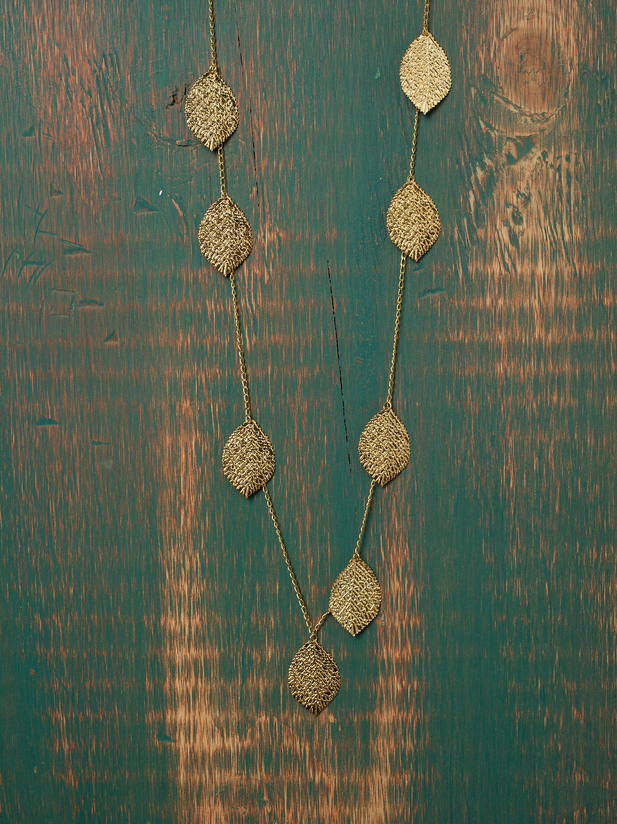 Long Leaf Layer Necklace