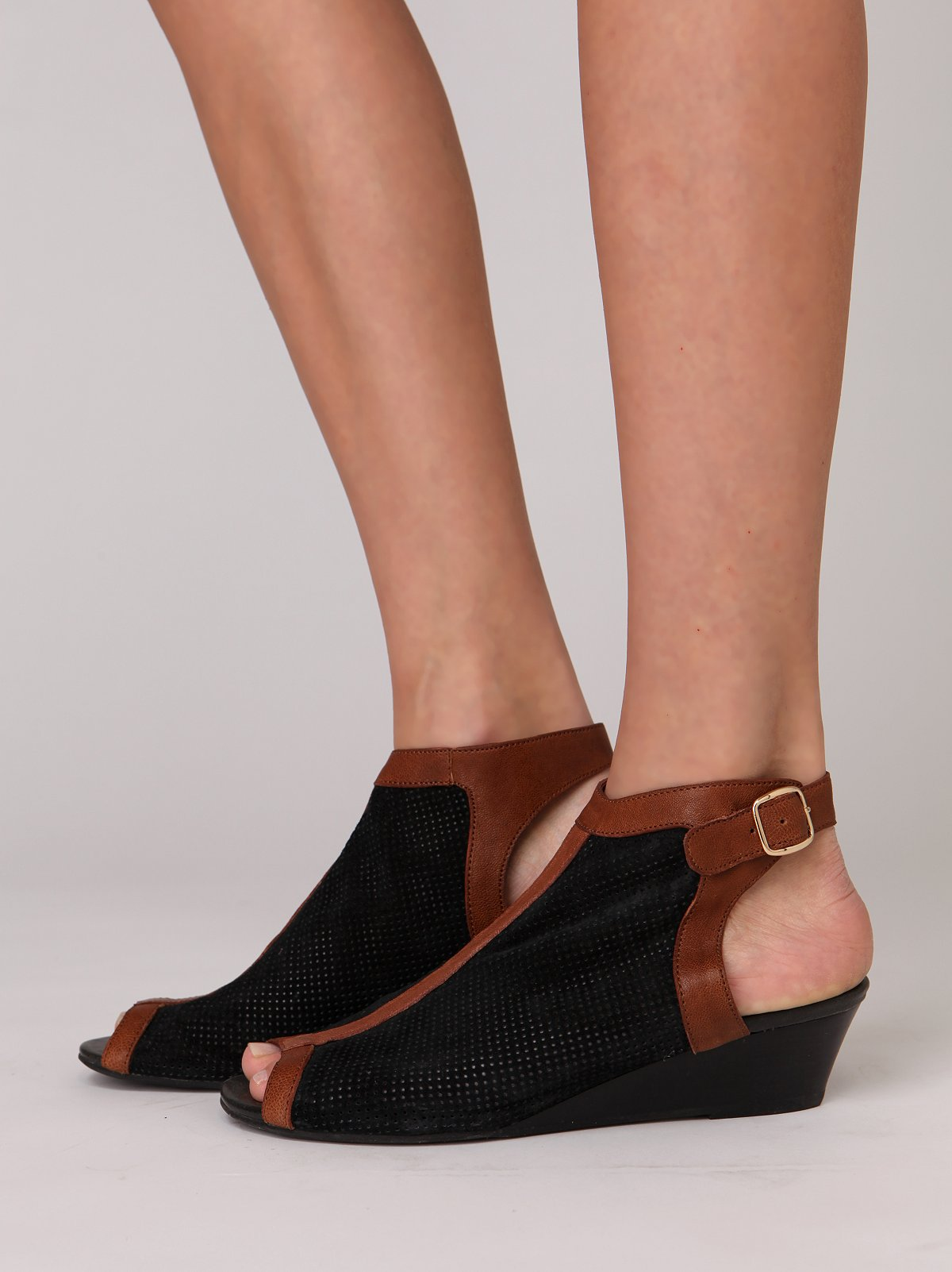 Swift Sandal