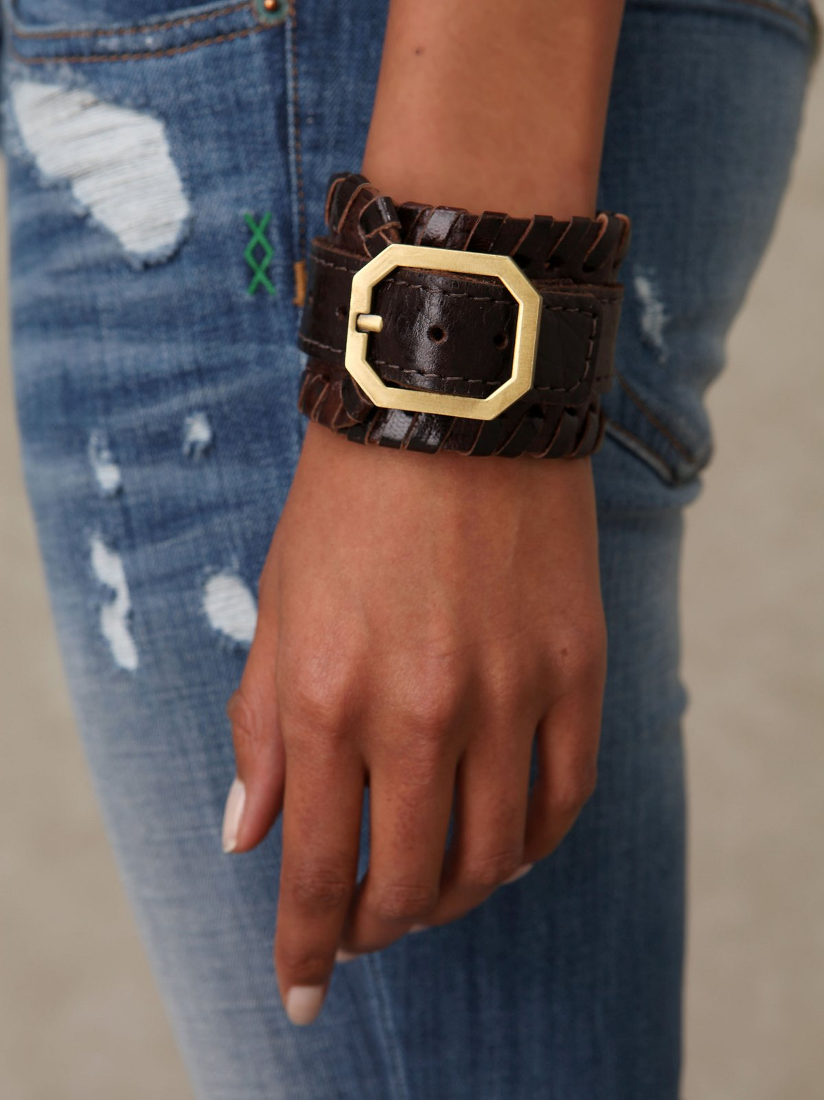 Willa Leather Buckle Cuff