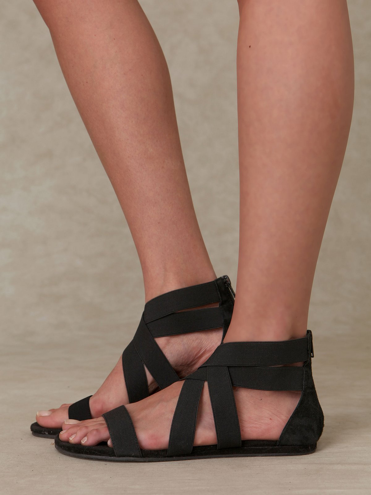 Liv Stretch Sandal