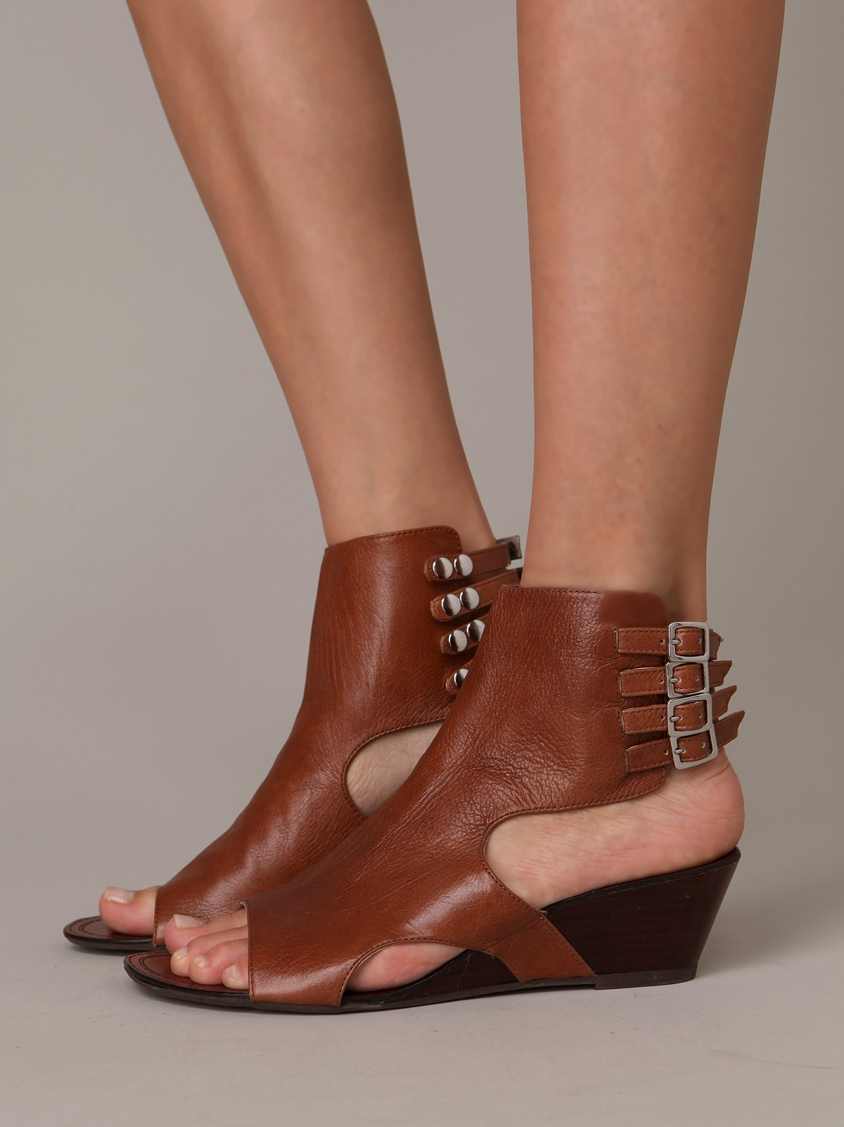 Ankle Cuff Wedge