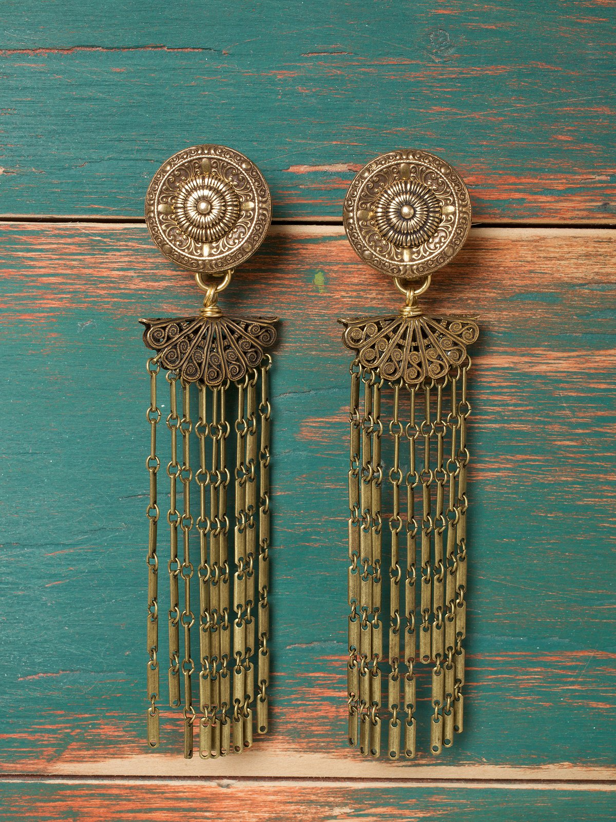 Chaabi Chandelier Earrings