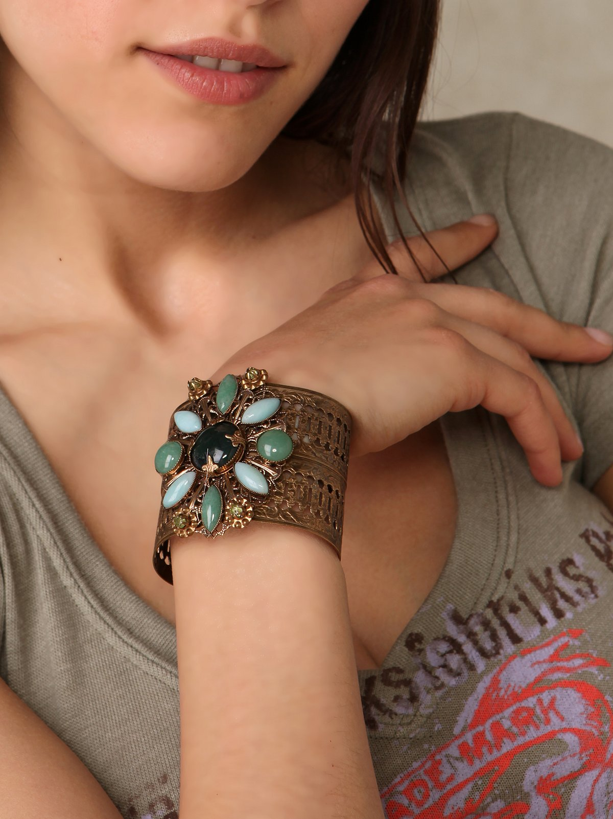 Jaded Medallion Cuff