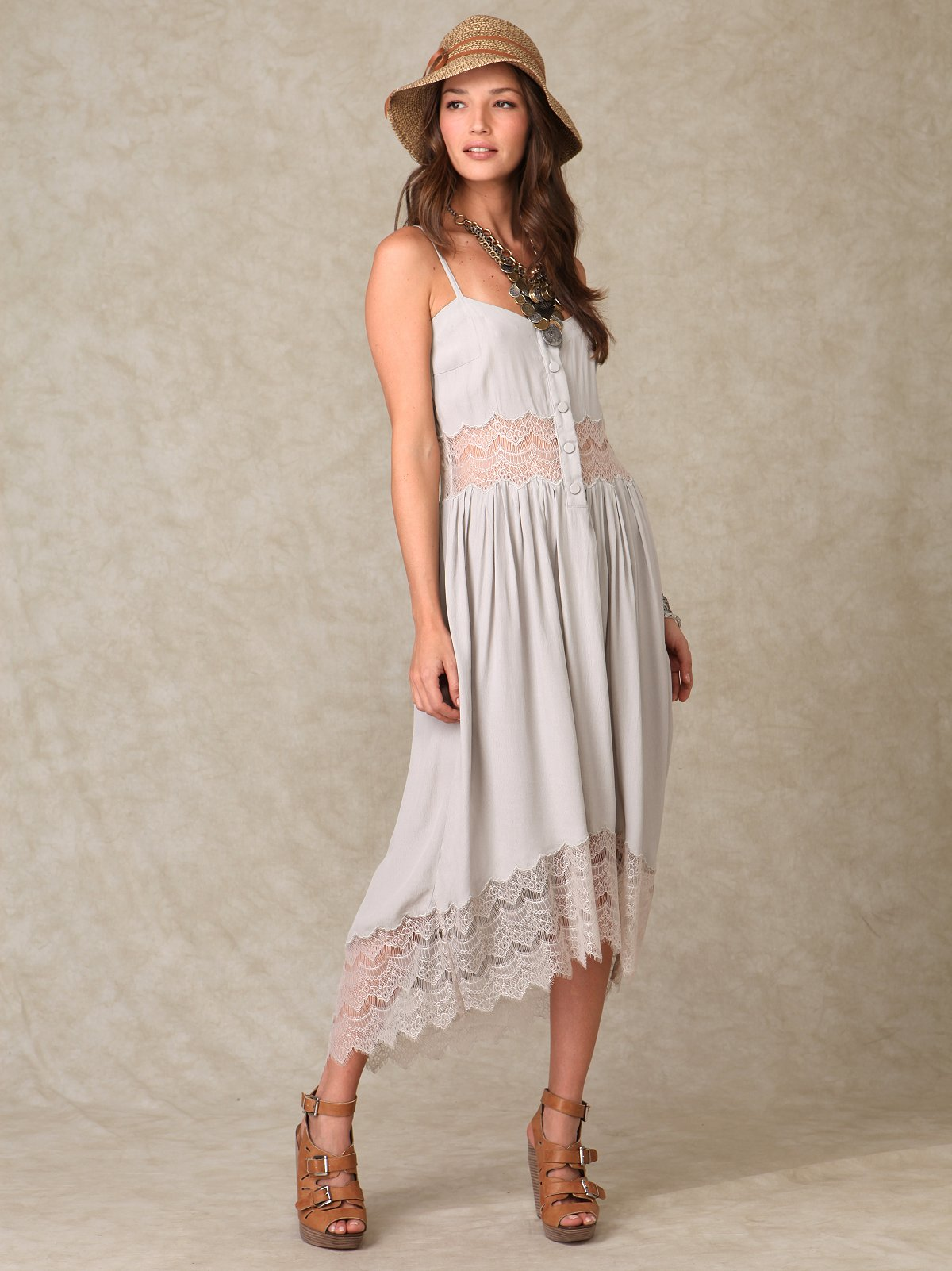 Shakuhachi Embroidered Lace Long Dress