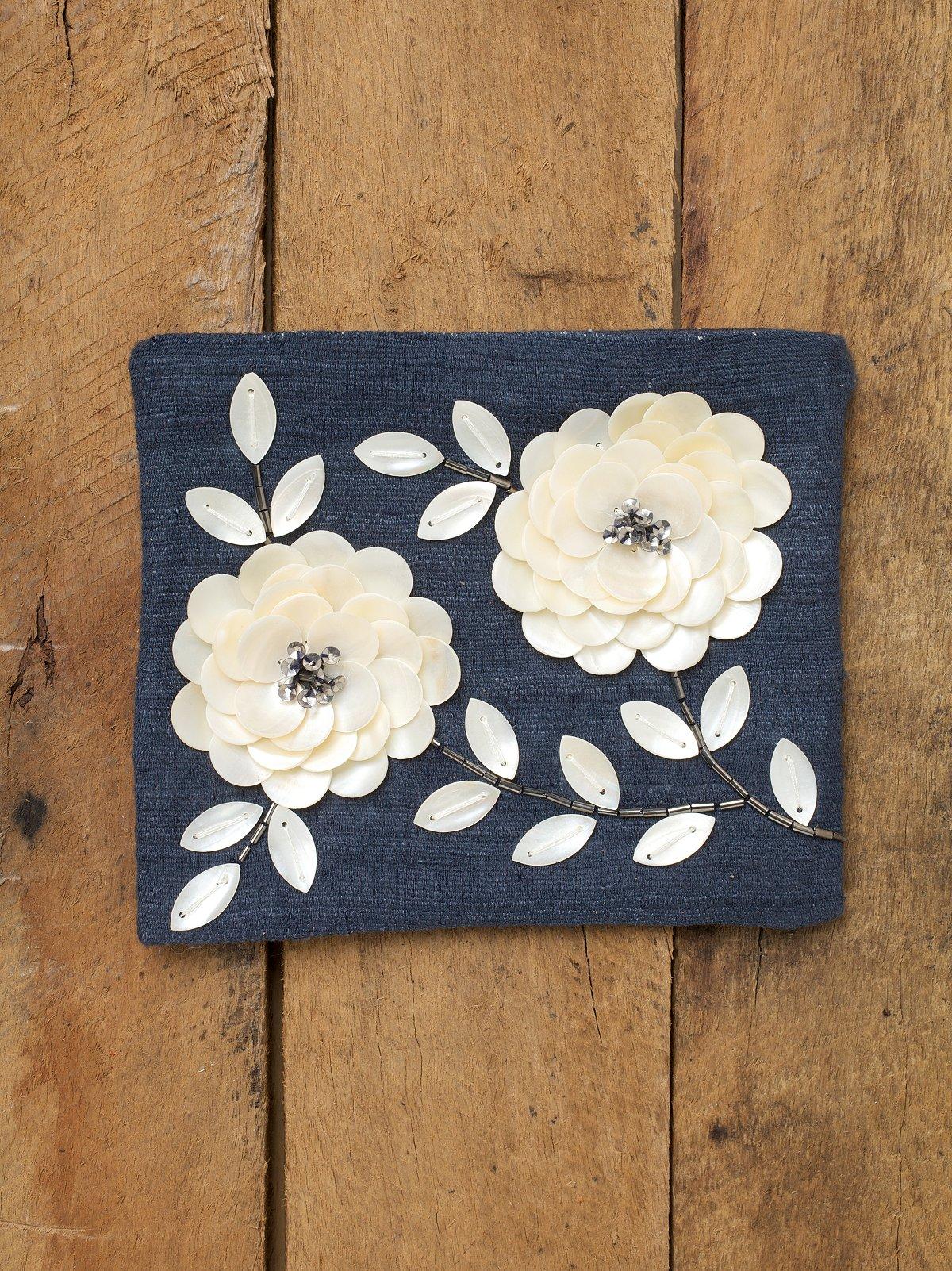 Memoir Flower Pouch