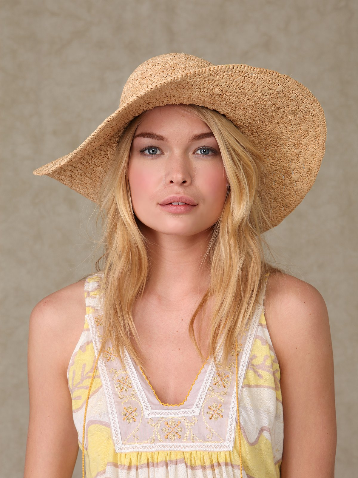 Goldie Straw Floppy Hat