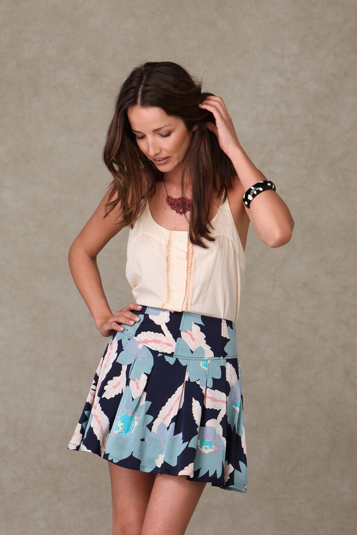 Tazmanian Floral Skirt