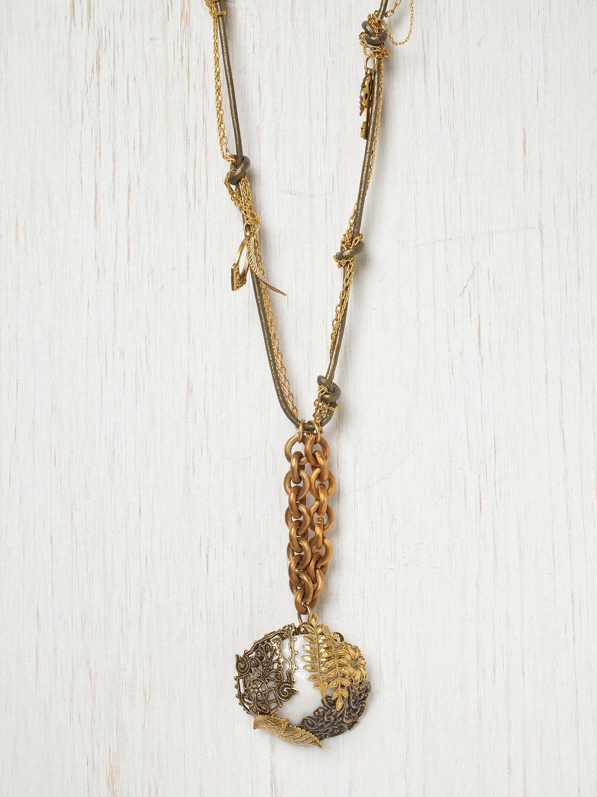 Falling Leaves Vintage Necklace