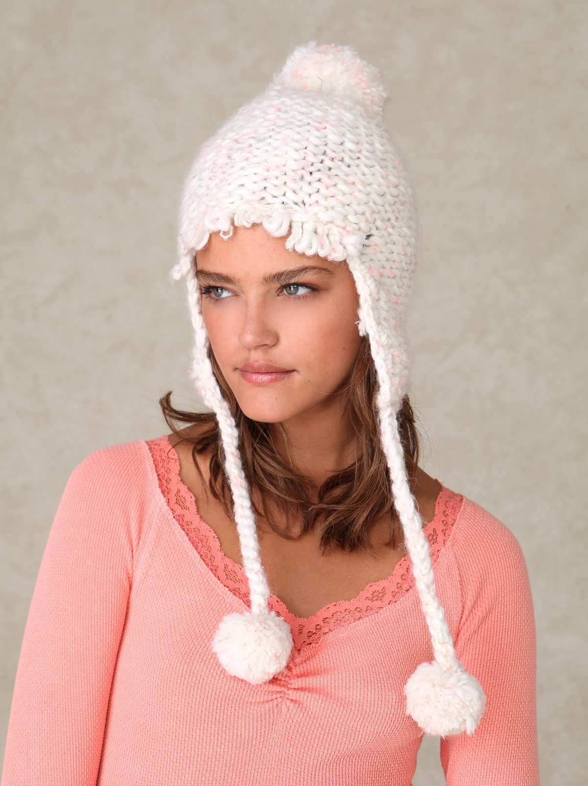 Trapped Puffer Hat