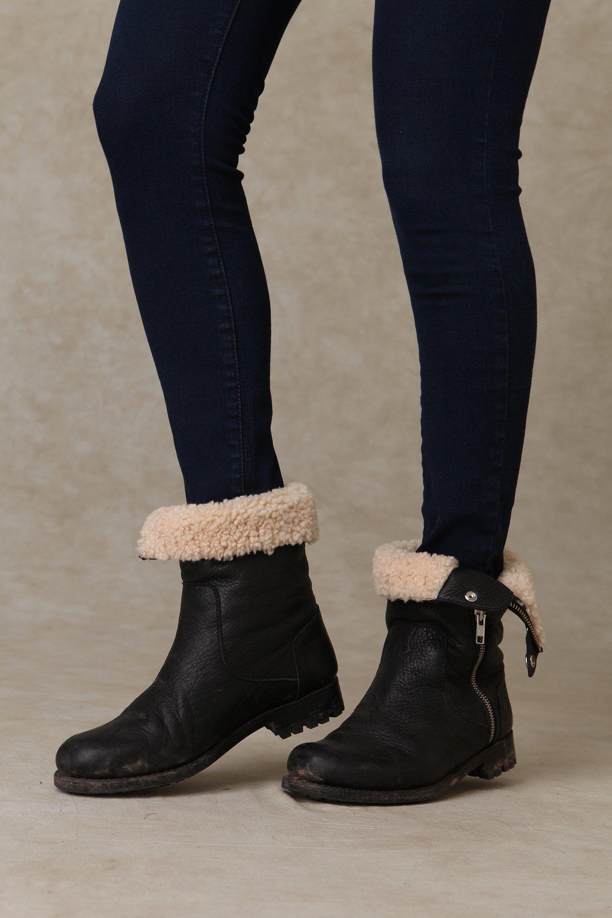Blackstone Zip Boot